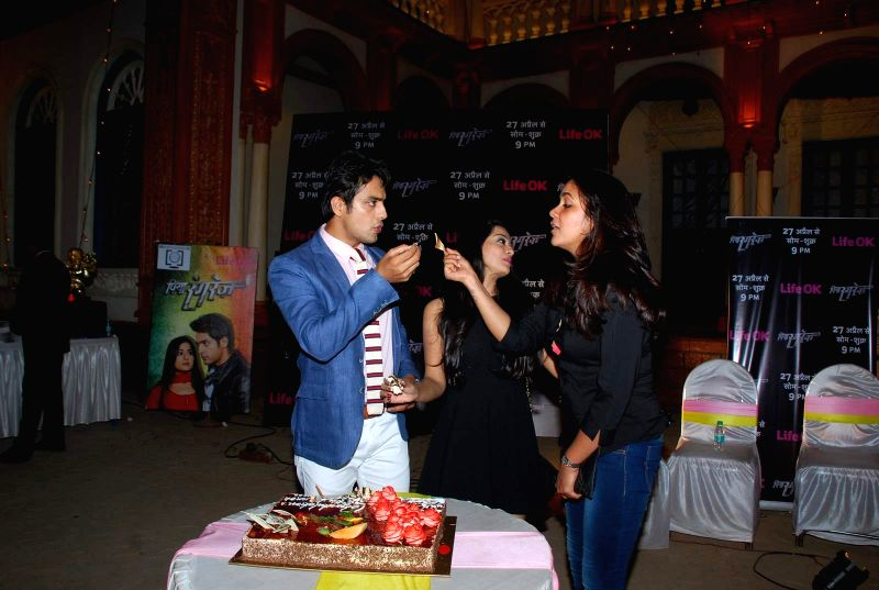 Television actors Kirtida Mistry, Gaurav S Bajaj and Narayani Shastri during the first screening of television channel Life Ok new show Piya Rangrezz in Mumbai, on April 27, 2015. - Kirtida Mistry, Gaurav S Bajaj and Narayani Shastri