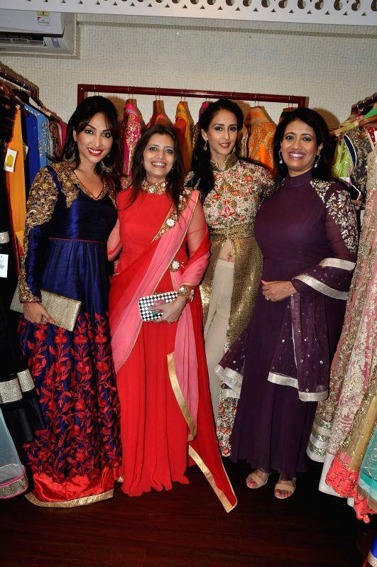Television actors Mouli Ganguly, fashiom designer Pallavi Goyle, Chahat Khanna and Kamalika Guha during the fashion preview at DVAR, in Mumbai on January 31, 2015. - Mouli Ganguly and Chahat Khanna