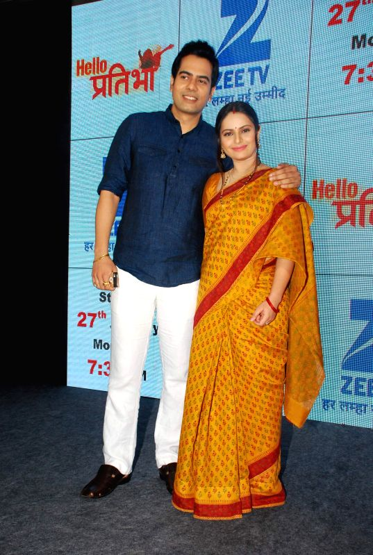 Television actors Sachal Tyagi and Binny Sharma during the launch of television serial Hello Pratibha in Mumbai, on Jan. 19, 2015. - Sachal Tyagi and Binny Sharma