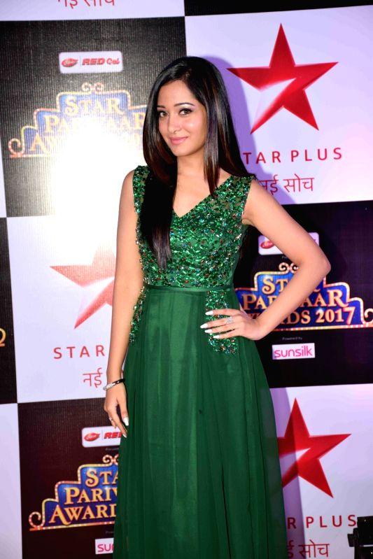 :Mumbai: Television actress Preetika Rao during the red carpet of Star Parivaar Awards 2017 in Mumbai on May 13, 2017. (Photo: IANS).