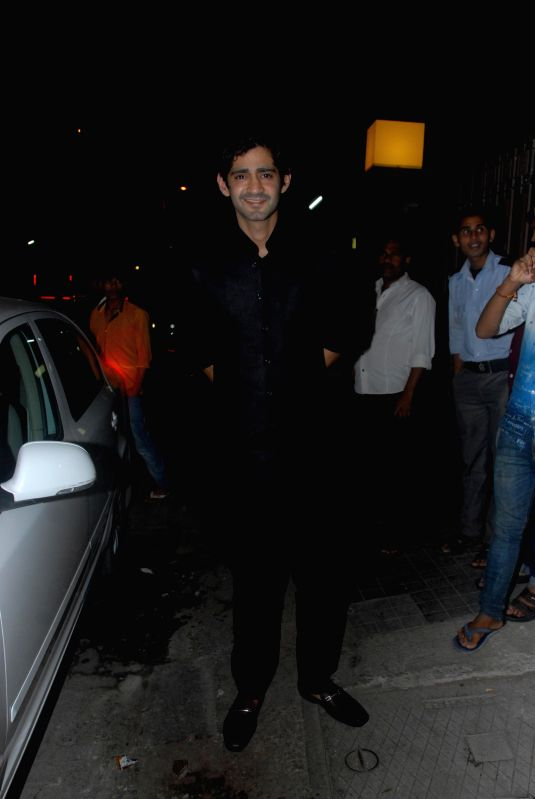Television anchor Gaurav Kapoor during the wedding party of Soha Ali Khan and Kunal Kemu in Mumbai on Jan 25, 2015. - Gaurav Kapoor