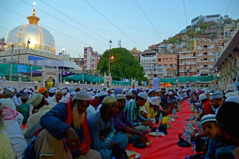 Muslims break their fast on the first day of Ramadan at Ajmer Sharif Dargah on May 28, 2017.