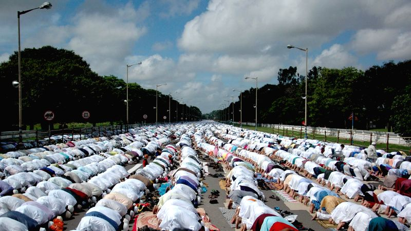 Muslims celebrating Eid-ul-Fitr in Kolkata on July 29, 2014.