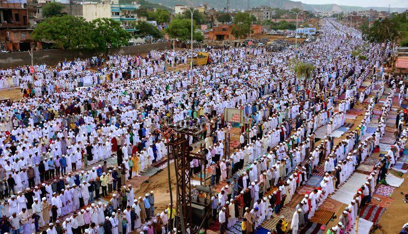 Muslims offering prayers on ocassion of Eid-ul-Fitr in Jaipur on July 29, 2014.