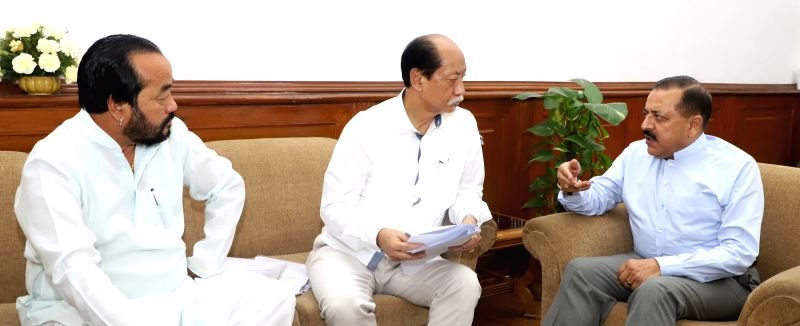 Nagaland Chief Minister Neiphiu Rio accompanied by the Deputy Chief Minister Y. Patton calls on Union MoS Development of North Eastern Region Jitendra Singh, in New Delhi on June 13, 2018. - Neiphiu Rio