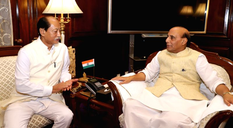 Nagaland Chief Minister Neiphiu Rio calls on Union Home Minister Rajnath Singh, in New Delhi, on Aug 7, 2018. - Neiphiu Rio and Rajnath Singh