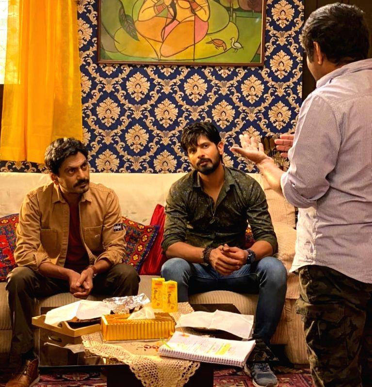 Nawazuddin Siddiqui's tip to Jogira Sara Ra Ra co-actor Rohit Rohit Chaudhary