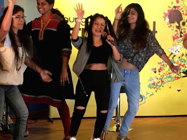 Neha Kakkar grooving to her new Punjabi song \'RING\' at the Hungama Office