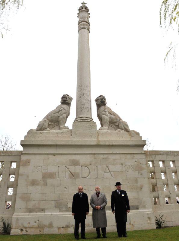 Neuve-Chapelle: Prime Minister Narendra Modi at the World War I Memorial, in Neuve-Chapelle, France on April 11, 2015. - Narendra Modi
