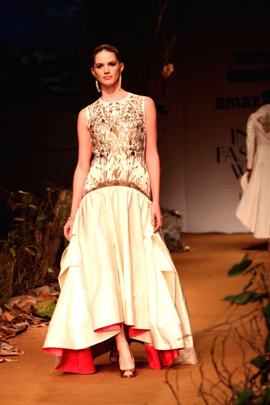 A model showcases fashion designer Samant Chauhan`s creations during Amazon India Fashion Week in New Delhi, on March 26, 2015.