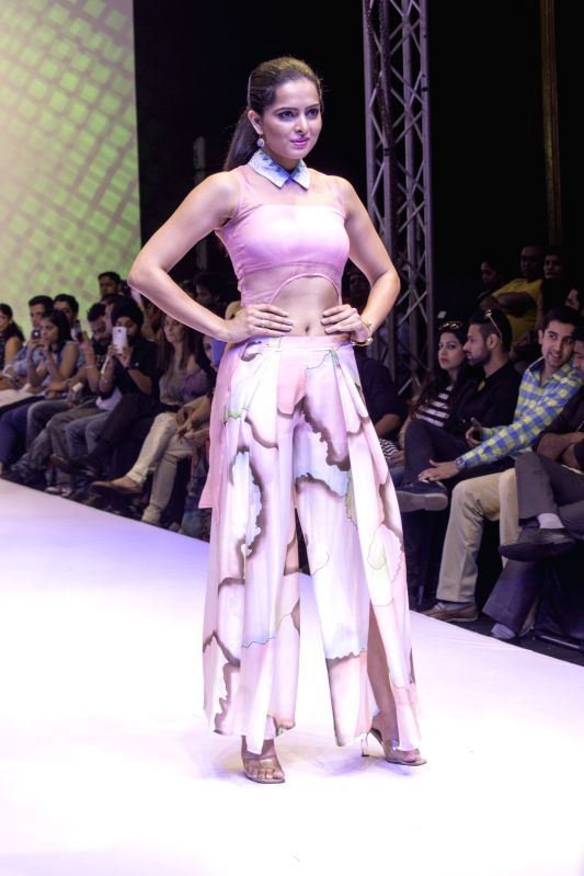 A model showcases fashion designer Bani Khurana`s creations at India Runway Week show, in New Delhi, on April 14, 2014.