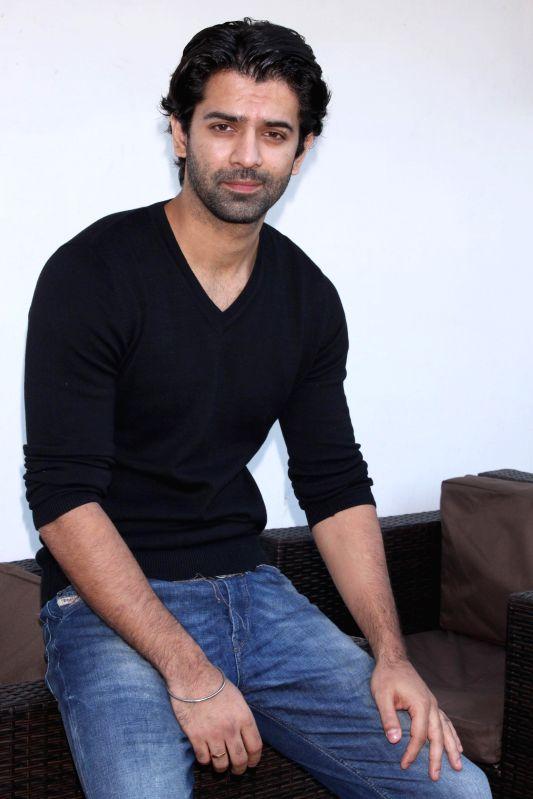 Actor Barun Sobti during a press meet in New Delhi, on Dec 4, 2014. - Barun Sobti