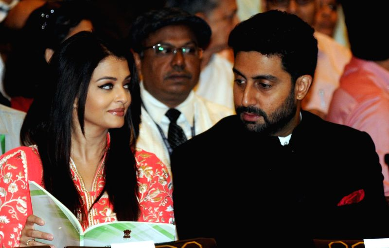 Actors Abhishek Bachchan and Aishwarya Rai Bachchan during a Civil Investiture Ceremony organised at the Rashtrapati Bhavan where Amitabh Bachchan was conferred Padma Vibhushan Award in ... - Abhishek Bachchan and Aishwarya Rai Bachchan