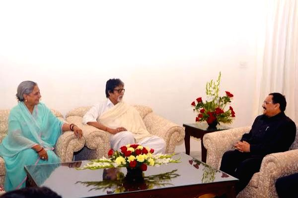 Actors Amitabh Bachchan and Jaya Bachchan call on Union Health Minister J P Nadda to express their interest in helping to create awareness on health issues in New Delhi, on April 6, 2015. - J P Nadda, Amitabh Bachchan and Jaya Bachchan