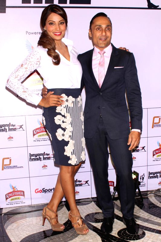 Actors Bipasha Basu and Rahul Bose at an event  ``Beyond The Finish Line``, (an evening to celebrate the Joy of Sporting excellence with India`s unsung heroes) organised by Procam ... - Bipasha Basu and Rahul Bose