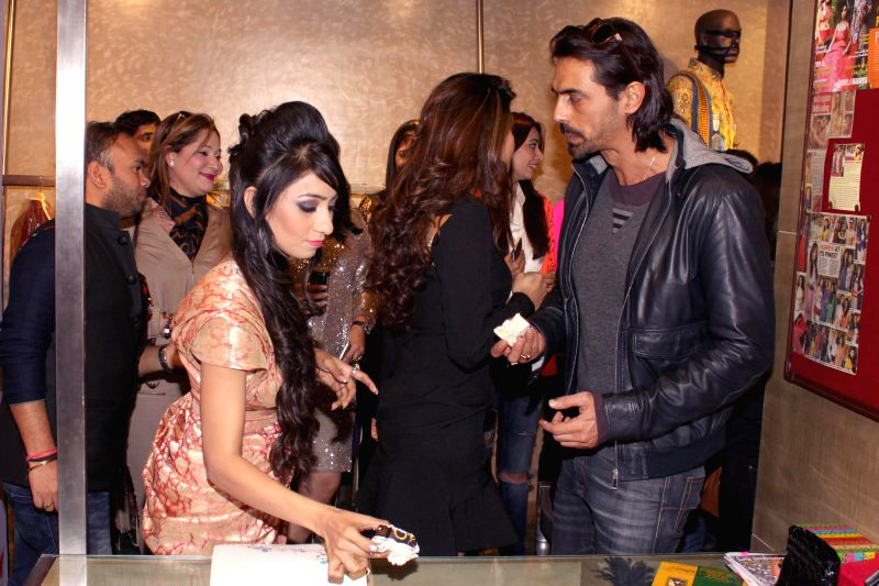 Actors Jacqueline Fernandez and Arjun Rampal at the launch of designer Parul J Maurya latest collection in New Delhi, on Feb 10, 2015.