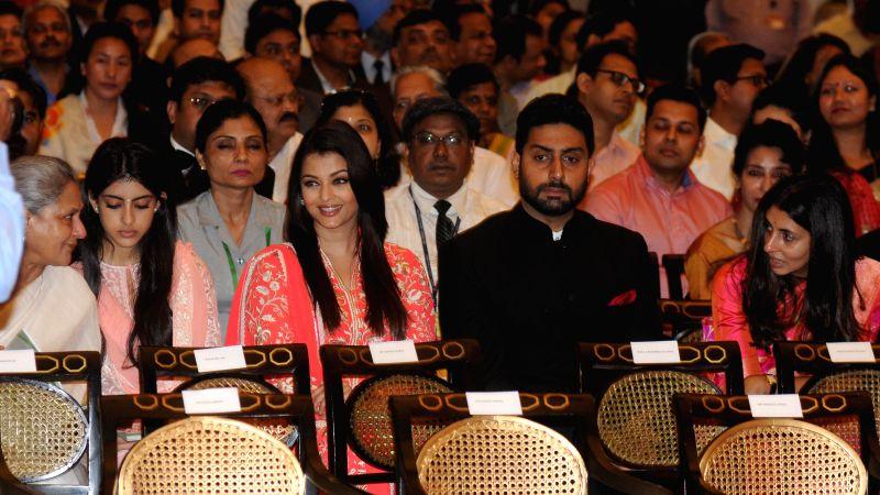 Actors Jaya Bachchan, Abhishek Bachchan and Aishwarya Rai Bachchan during a Civil Investiture Ceremony organised at the Rashtrapati Bhavan where Amitabh Bachchan was conferred Padma ... - Jaya Bachchan, Abhishek Bachchan and Aishwarya Rai Bachchan
