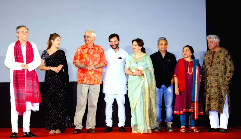 Actors Sharmila Tagore and Saif Ali Khan with lyricist Javed Akhtar, Congress leader Salman Khurshid and others during a programme at the German Embassy in New Delhi on April 24, 2015. - Saif Ali Khan