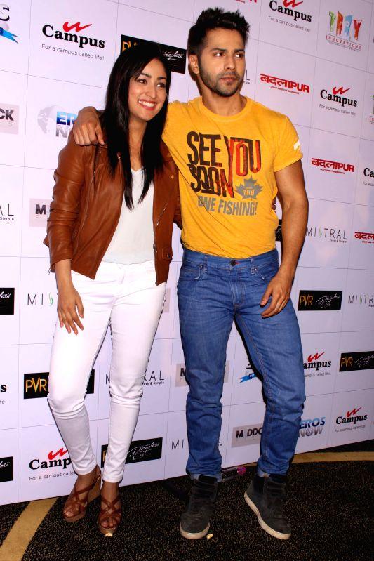 Actors Varun Dhawan and Yami Gautam during a press conference to promote their upcoming film `Badlapura` in New Delhi on Feb 17,2015. - Varun Dhawan and Yami Gautam