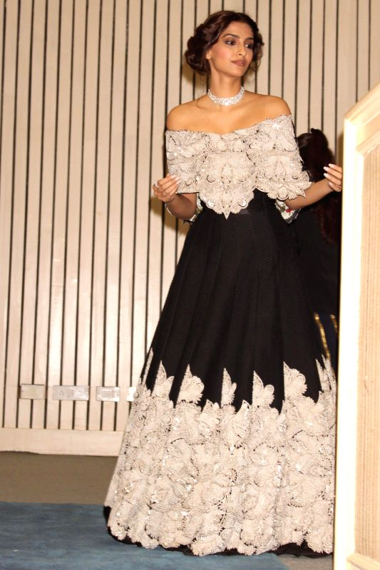 "Actress Sonam Kapoor at the inauguration of ""World Diamond Conference"" in New Delhi, on Dec 11, 2014. - Sonam Kapoor"