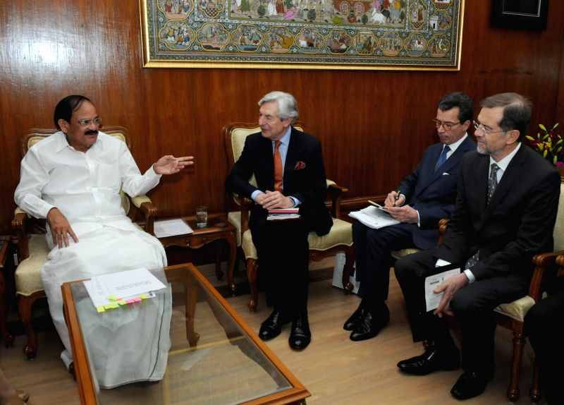 An European Union delegation led by the Chairman of European Union Geoffrey Van Orden calls on the Union Minister for Urban Development, Housing and Urban Poverty Alleviation and ... - M. Venkaiah Naidu