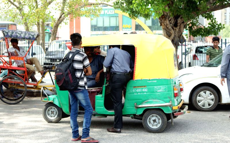 Auto-rickshaws continue to ply to and from New Delhi Railway station during a 24-hour nationwide transport strike called by trade unions on April 30, 2015.