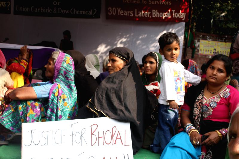bhopal gas tragedy project pdf