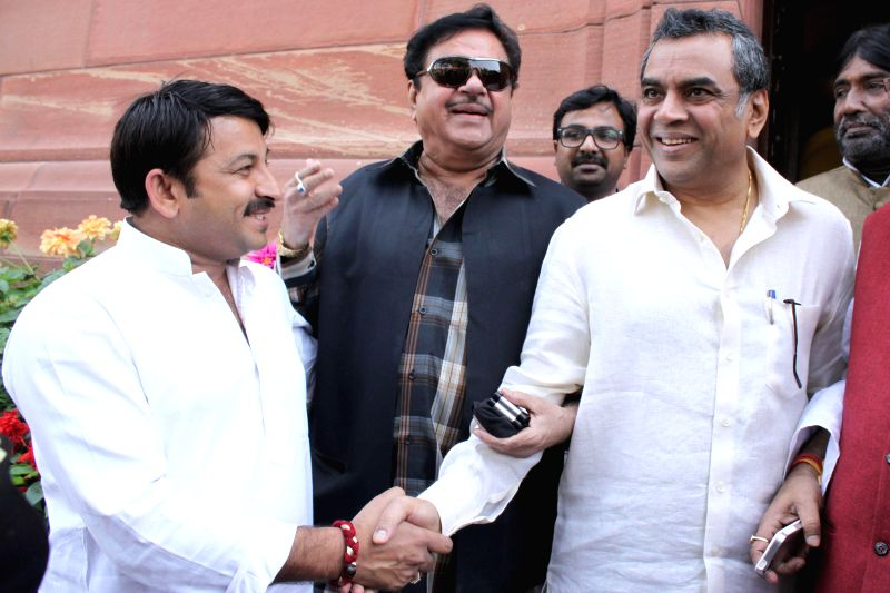 BJP MPs Manoj Tiwari, Paresh Rawal and Shatrughan Sinha at the Parliament in New Delhi, on March 12, 2015. - Shatrughan Sinha