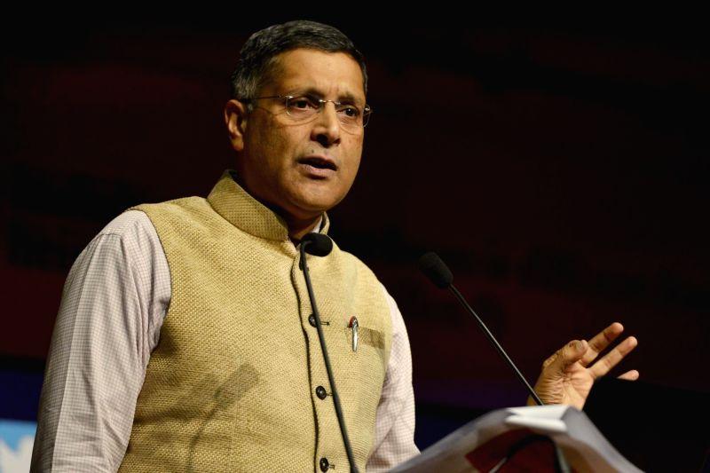 :New Delhi: Chief Economic Advisor (CEA) Arvind Subramanian presents Economic Survey 2017-18 in New Delhi on Jan 29, 2018. (Photo: IANS)  .