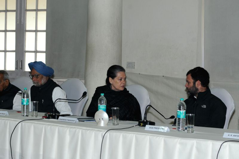 Congress chief Sonia Gandhi, party vice president Rahul Gandhi and former prime minister Manmohan Singh during Congress Working Committee meeting in New Delhi, on Jan 13, 2015. - Manmohan Singh, Sonia Gandhi and Rahul Gandhi