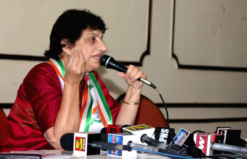 Congress leader Kiran Walia addressing a press conference in New Delhi on Jan. 17, 2014.