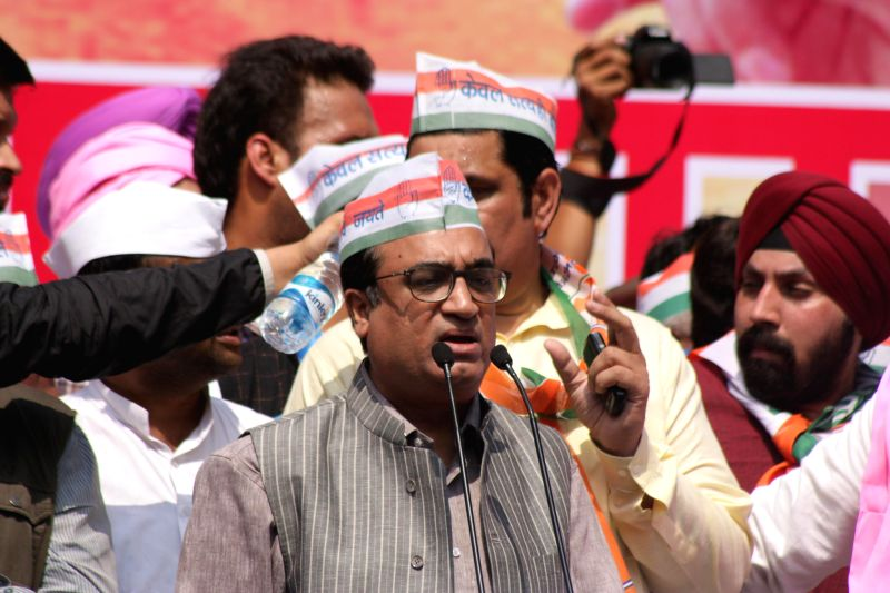 Congress leaders Ajay Maken addresses during a demonstration against the Land Acquisition Bill at Jantar Mantar in New Delhi, on March 16, 2015.