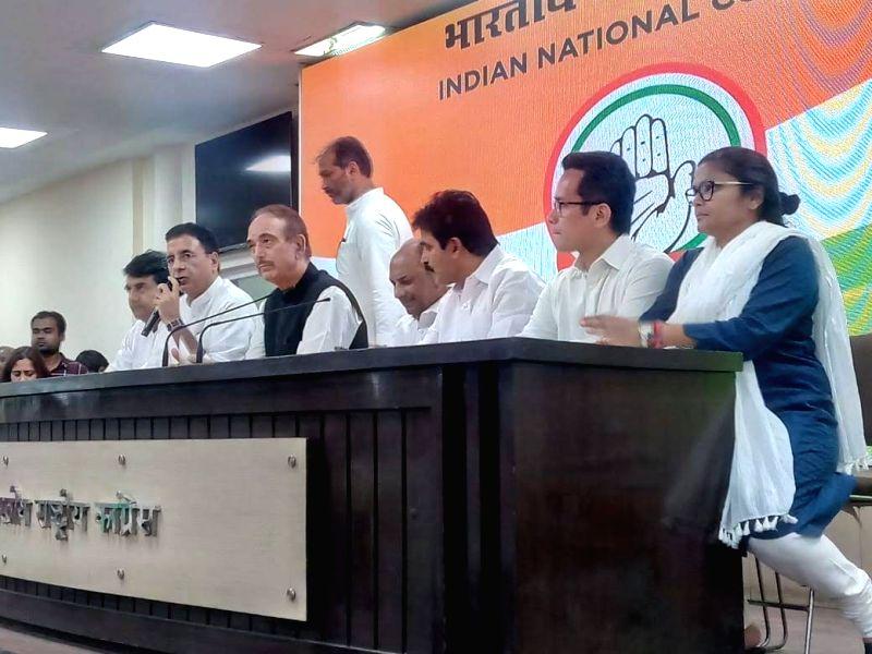 New Delhi: Congress leaders R.P.N. Singh, Randeep Singh Surjewala, Ghulam Nabi Azad, A.K. Antony, K. C. Venugopal, Gaurav Gogoi and Sushmita Dev during a press conference at the party's headquarters in New Delhi on May 25, 2019. (Photo: IANS)