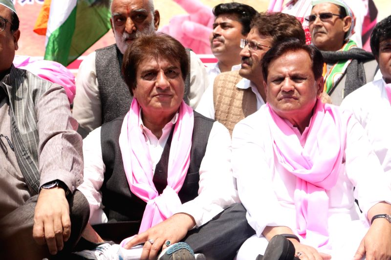 Congress leaders Raj Babbar, Ahmed Patel and other Congressmen participate in a demonstration against the Land Acquisition Bill at Jantar Mantar in New Delhi, on March 16, 2015. - Ahmed Patel