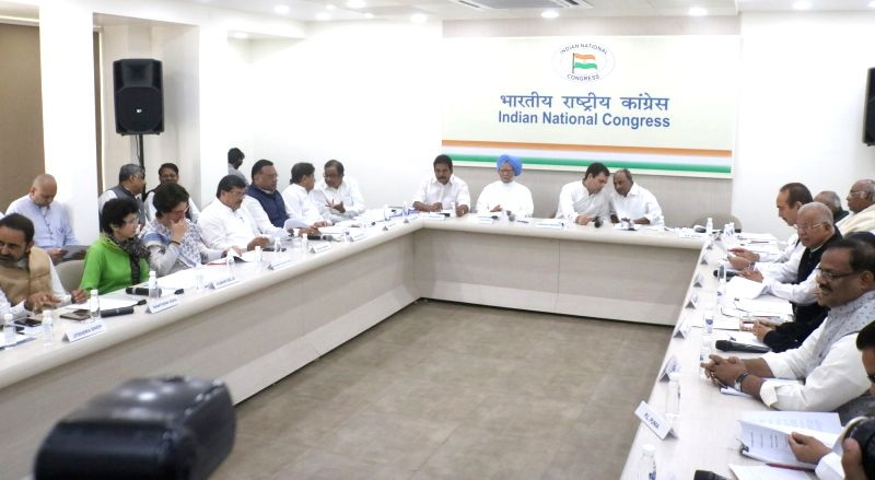 New Delhi: Congress leaders Shaktisinh Gohil, Kumari Selja, Priyanka Gandhi Vadra, Mukul Wasnik, Avinash Pandey and Ahmed Patel during Congress Working Committee (CWC) meeting at party's headquarter, in New Delhi, on March 25, 2019.