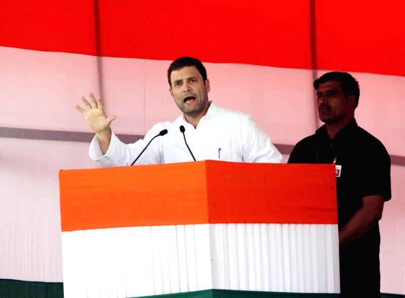 Congress vice-president Rahul Gandhi addresses during the Kisan rally at Ramlila Maidan in New Delhi, on April 19, 2015. - Rahul Gandhi