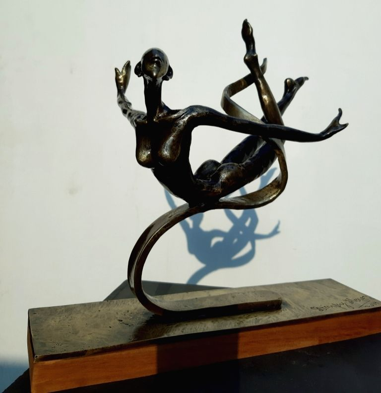 New Delhi, December 7: IANS: Sculptor Dimpy Menon's solo show 'Through the leaves to the light' will open on December 11 at Art Positive in the capital.