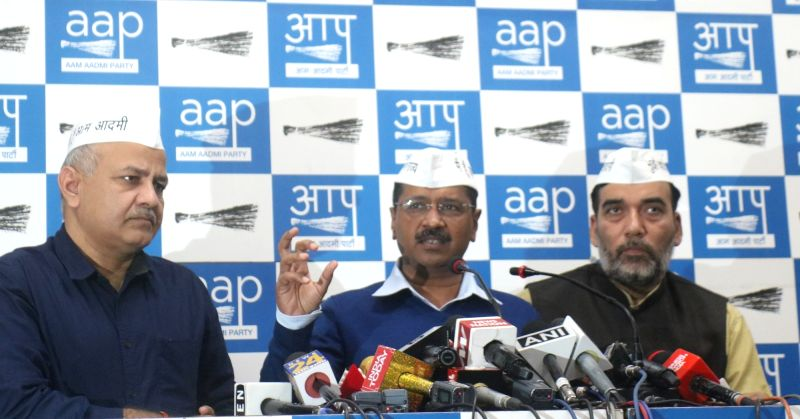 New Delhi: Delhi Chief Minister and Aam Aadmi Party (AAP) chief Arvind Kejriwal accompanied by State Cabinet Ministers and party leaders Manish Sisodia and Gopal Rai, addresses a press conference in New Delhi on March 12, 2019. (Photo: IANS)