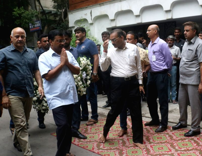 New Delhi: Delhi Chief Minister Arvind Kejriwal and Deputy Chief Minister Manish Sisodia arrive to pay tribute to Former Finance Minister Arun Jaitley at his residence, in New Delhi on Aug 24, 2019. (Photo: IANS)
