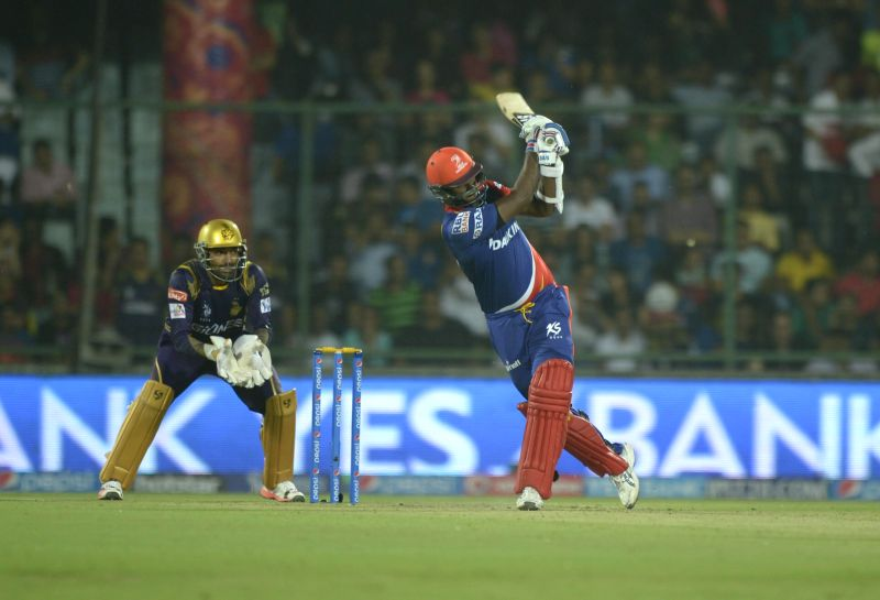 Delhi Daredevils batsman Angelo Mathews in action during an IPL-2015 match between Delhi Daredevils and Kolkata Knight Riders at Feroz Shah Kotla stadium, in New Delhi, on April 20, 2015. - Angelo Mathews and Feroz Shah Kotla