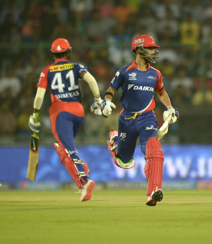Delhi Daredevils batsmen J P Duminy and Shreyas Iyer in action during an IPL-2015 match between Delhi Daredevils and Kolkata Knight Riders at Feroz Shah Kotla stadium, in New Delhi, on ... - Feroz Shah Kotla