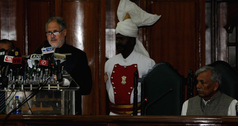 Delhi  Lt. Governor Najeeb Jung addresses at the Delhi Legislative Assembly on Feb 24, 2015. Also seen Delhi Speaker Ram Niwas Goel. - Ram Niwas Goel