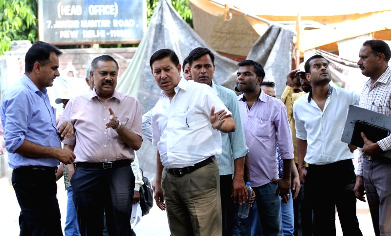 Delhi Police Additional CP Ashok Chand carries out investigation at the site where a farmer committed suicide on 22nd April 2015 at Jantar Mantar; in New Delhi, on April 24, 2015.