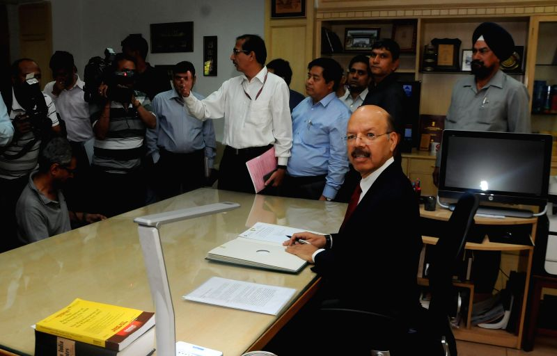 Dr Nasim Zaidi assumes charge as the 20th Chief Election Commissioner in New Delhi, on April 19, 2015.