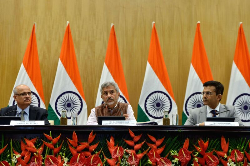 New Delhi: External Affairs Minister S. Jaishankar with Foreign Secretary Vijay Gokhale and Ministry of External Affairs (MEA) Spokesperson Raveesh Kumar during a press conference on 100 days of Government, in New Delhi on Sep 17, 2019.