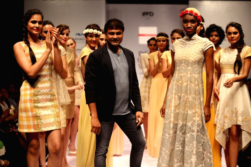 Fashion designer Manish Gupta during India Runway Week in New Delhi, on April 12, 2015. - Manish Gupta