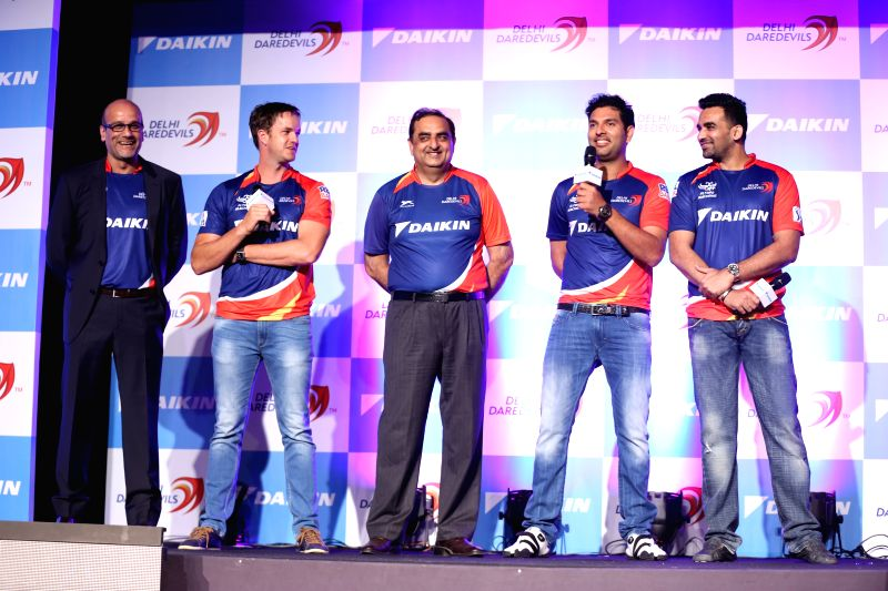 GMR Sports CEO Hemant Dua, South African cricketer Albie Morkel, Managing Director of Daikin India Kanwal Jeet Jawa, and Indian cricketers Yuvraj Singh and Zaheer Khan during a programme ... - Yuvraj Singh and Zaheer Khan