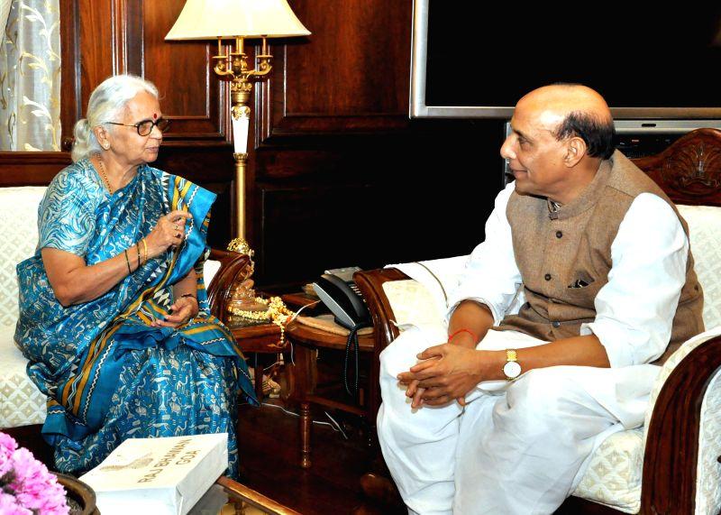 Goa Governor Mridula Sinha calls on the Union Home Minister Rajnath Singh, in New Delhi on Feb 20, 2015. - Mridula Sinha