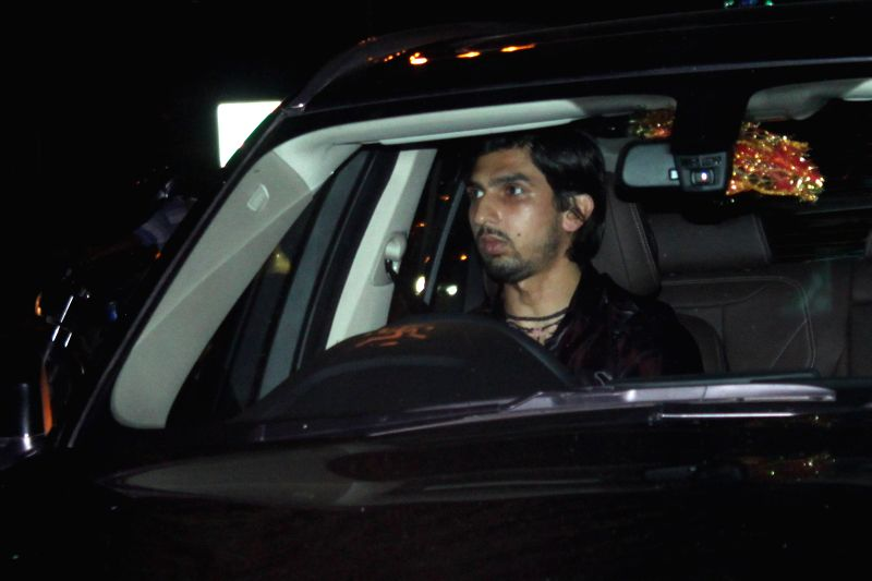 Indian cricketer Ishant Sharma  arrives to attend the marriage ceremony of cricketer Suresh Raina in New Delhi on April 3, 2015. - Ishant Sharma