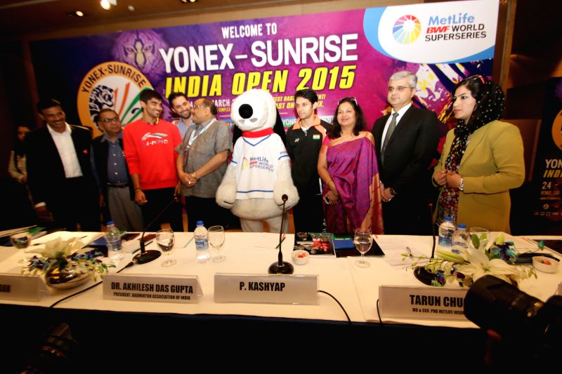 Indian shuttlers Kidambi Srikanth and Parupalli Kashyap during a press conference regarding Younex Sunrises India Open 2015 in New Delhi, on March 23, 2015. - Parupalli Kashyap